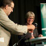 """""""Herr Konrad"""" führte munter durchs Programm. Beim offiziellen Empfang sprach Frau Jutta Blankau (SenatorinBundesamt für Stadtentwicklung und Umwelt) ein Grußwort."""