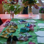 """Der Verein """"ESK e.V-Eltern samt Kinder.""""  stellte sich vor und bei einem DYS Projekt wurde gemeinsam gehäkelt."""
