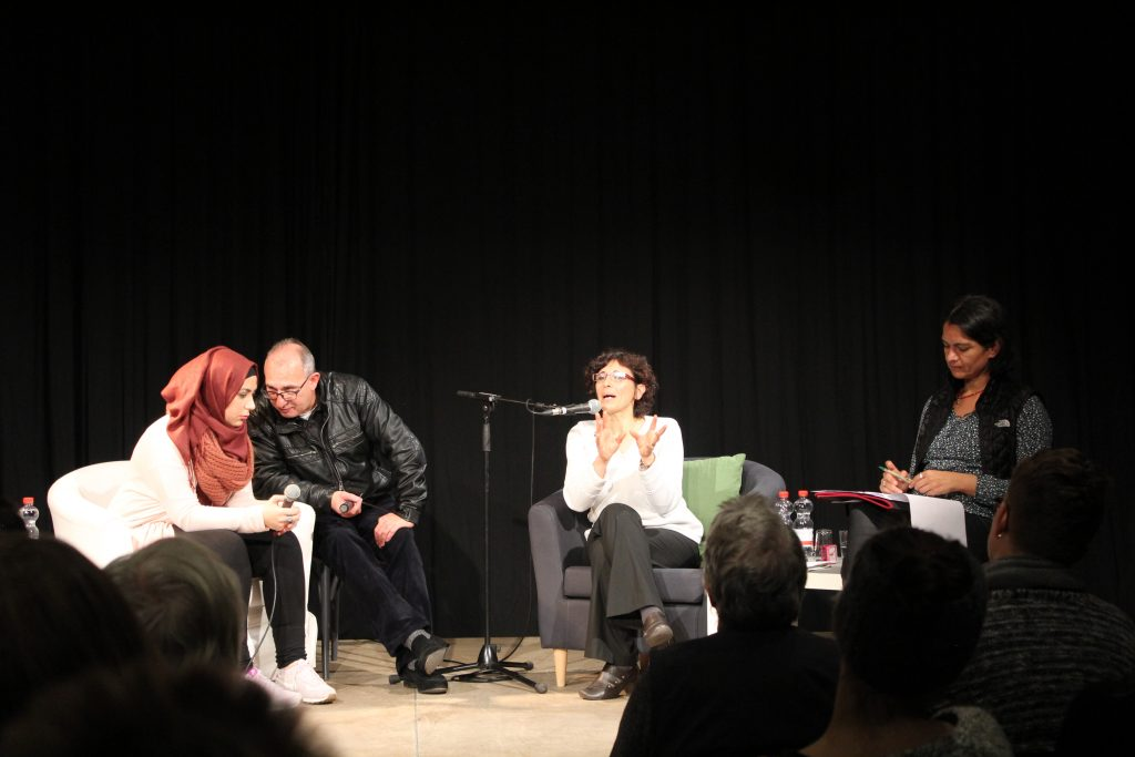 Huda Zein im Gespräch mit Iman Shaaban Hausdrei altona w3