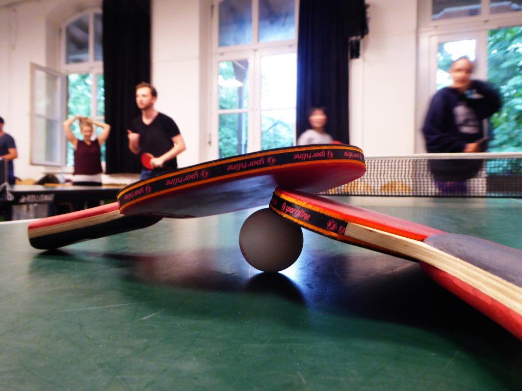Runde & Getränk - Tischtennis im HausDrei Altona